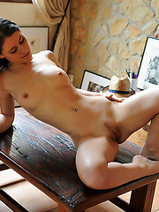 Hottest young model in solo erotic session
